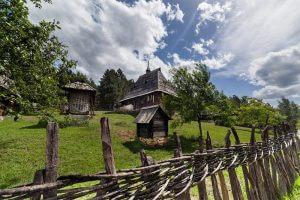Etno-Selo-Sirogojno